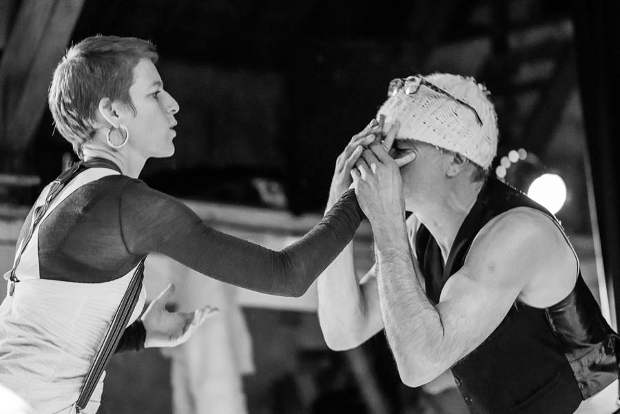 Rood Noot - Cabaret Voltaire © Baldwin Henderson
